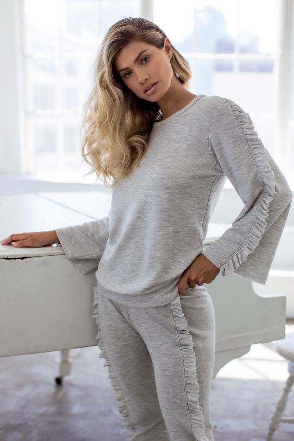 Pullover - Casual Ruffle Sleeve Pullover Sweater - Long Sleeve Pullover, Crew Neck | AMVI Collection