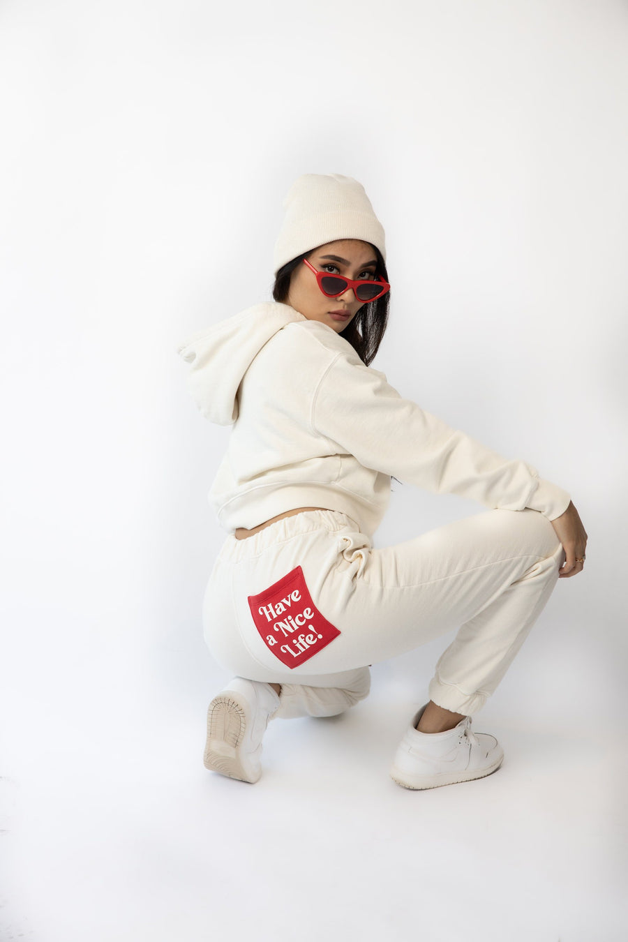 CROPPED HOODIE - HAVE A NICE LIFE - WHISPER WHITE