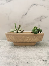 Load image into Gallery viewer, Large Vintage Hull Planter