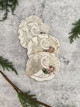 Load image into Gallery viewer, Holiday Swan Coasters