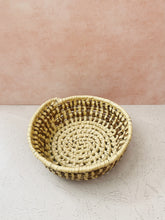 Load image into Gallery viewer, Beige and Brown Raffia Basket