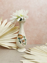 Load image into Gallery viewer, Speckled Floral Vase