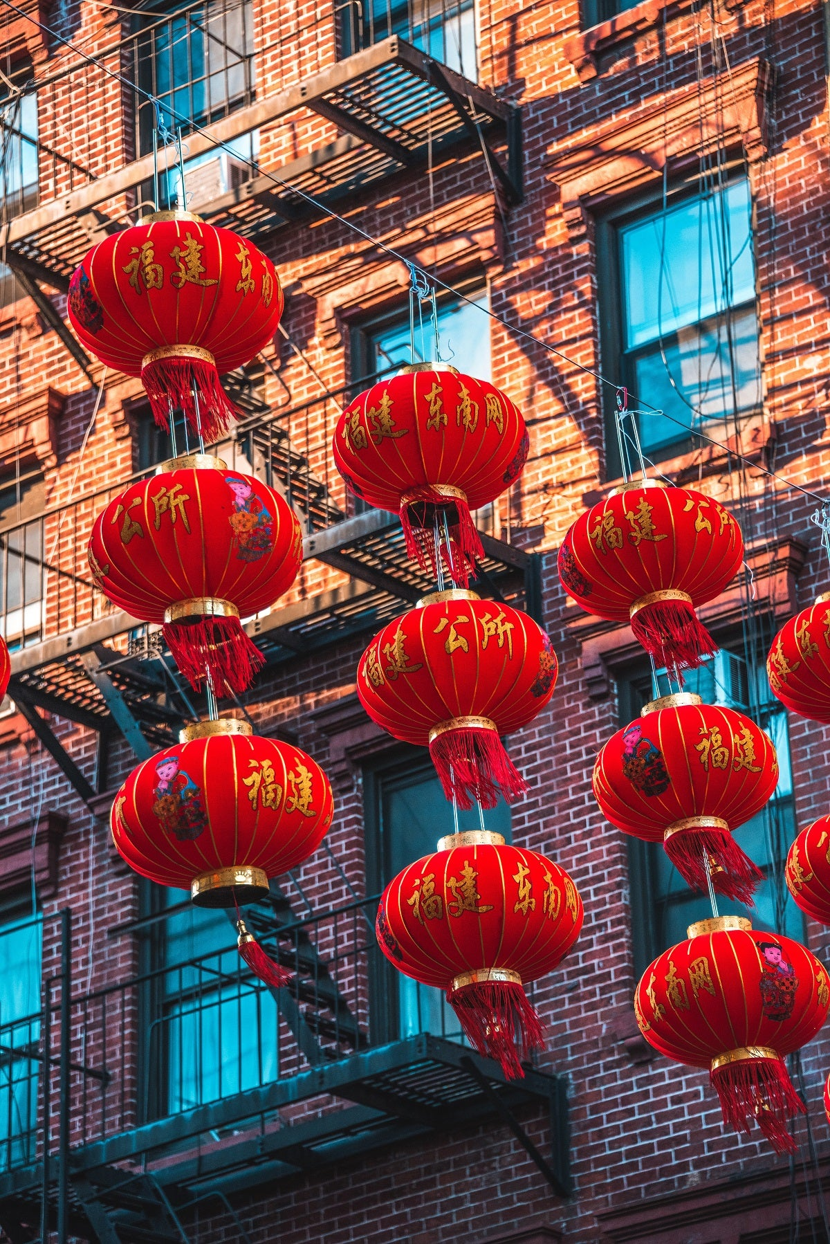 Oriental Interior Design: Decorating Ideas Inspired by the Chinese New —  Oriental Lamp Shade
