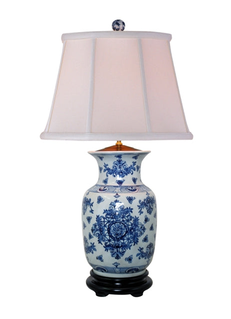 Porcelain Blue and White Medallion Pattern Jar Table Lamp