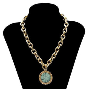 mermaid-vemon,Green Stone Pendant Necklace Statement.