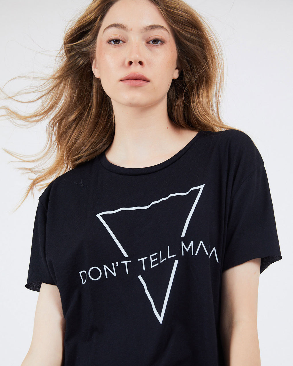 TRIANGLE T-SHIRT - Don't Tell Mama Studio