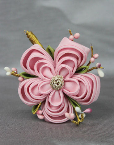 Grand Plum Blossom