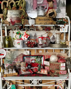 Christmas 2019 has arrived at Vintage Rustic Decor