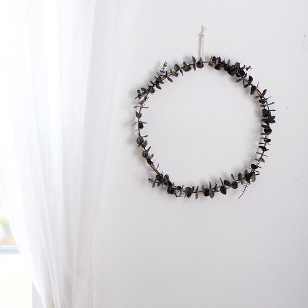 Minimalist Eucalyptus Wreath DIY Kit
