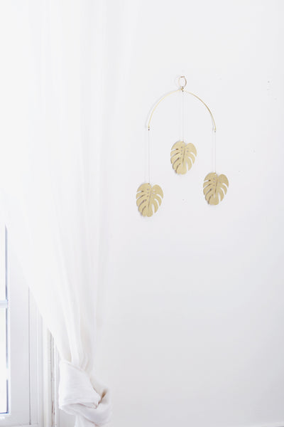 Monstera Leaf Brass Wall Hanging