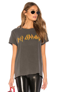 Def Leppard Love Bites Tee in Vintage Black