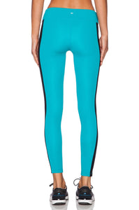 Dynamic Duo Crop Legging - Kustom Label - 3