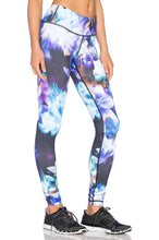 Load image into Gallery viewer, Printed Core Legging - Kustom Label - 2