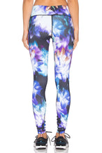 Load image into Gallery viewer, Printed Core Legging - Kustom Label - 4