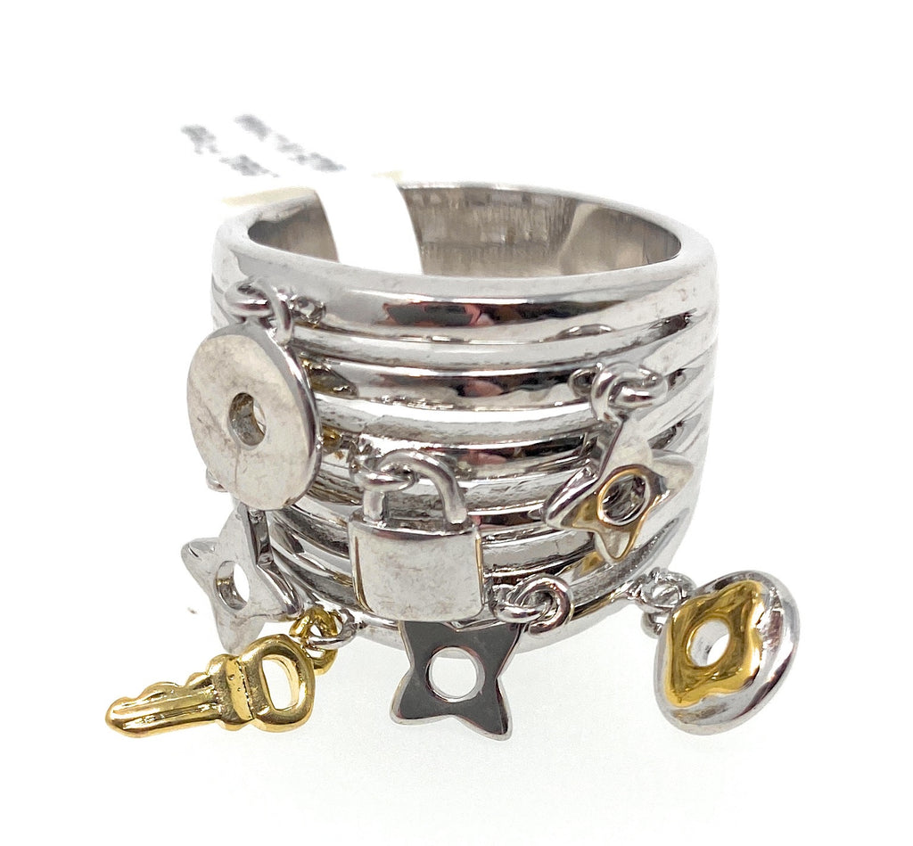 Womens Silver Chunky Ring with Movable Key, Lock, Star -  RHEAS.ONLINE