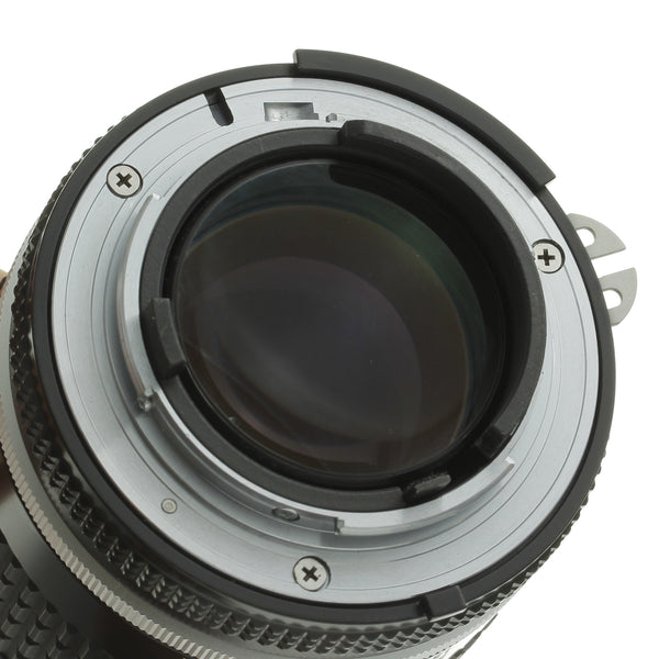 Nikon Nikkor 105mm 2.5 Ai-S Lens Mint Condition