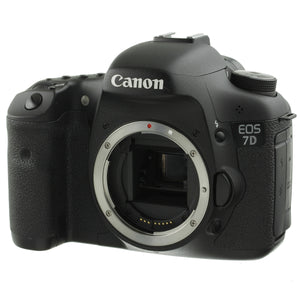 Canon 7D Digital Camera Body 9554 Actuations