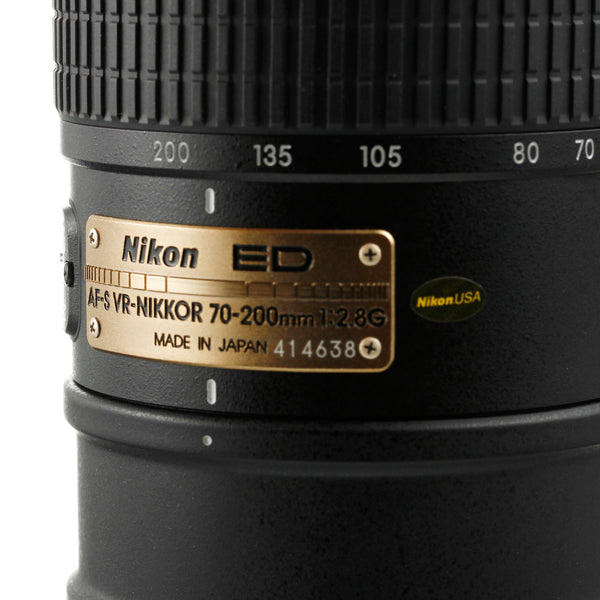 Nikon AF-S Nikkor 70-200mm 2.8 VR Lens US Model Mint Condition