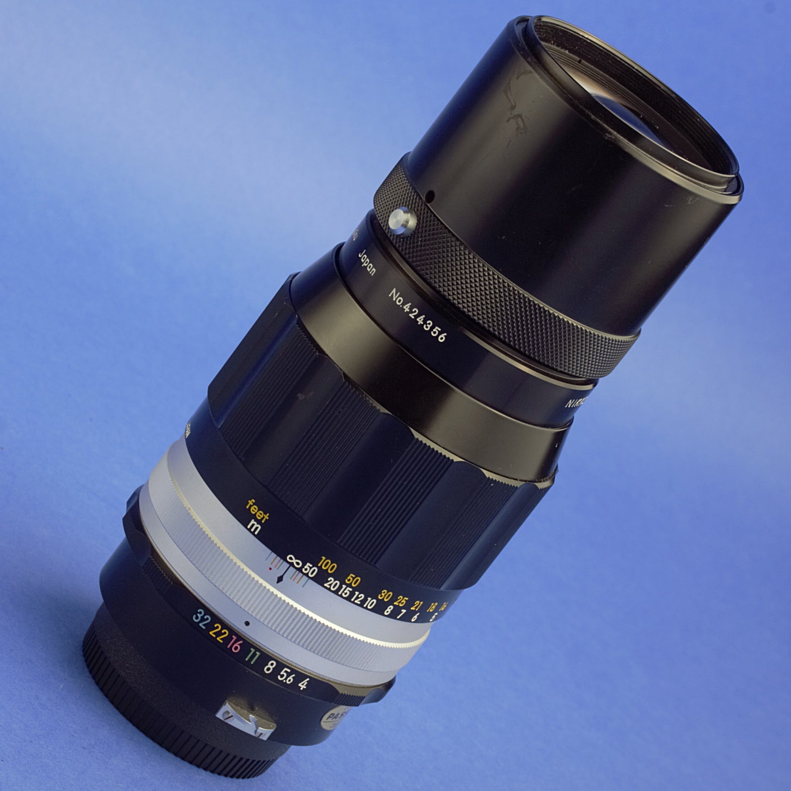 Nikon Nikkor 200mm F4 Non-Ai Lens Beautiful Condition