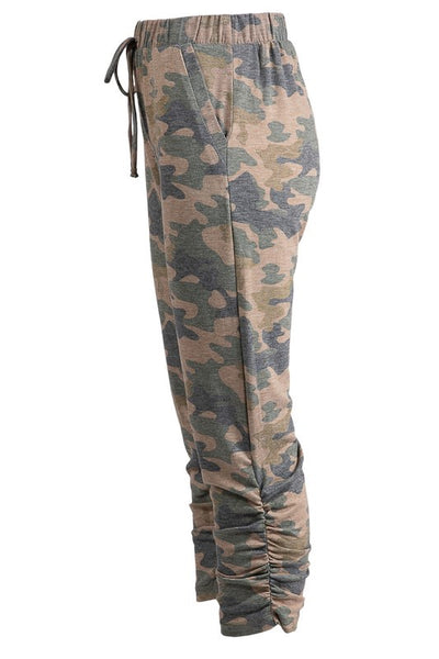 Ruched side camouflage sweatpants