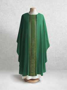 601 Classic Chasuble in Green