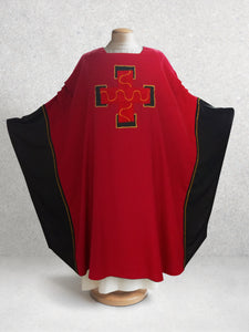 Adam Kochlin Calvary Chasuble