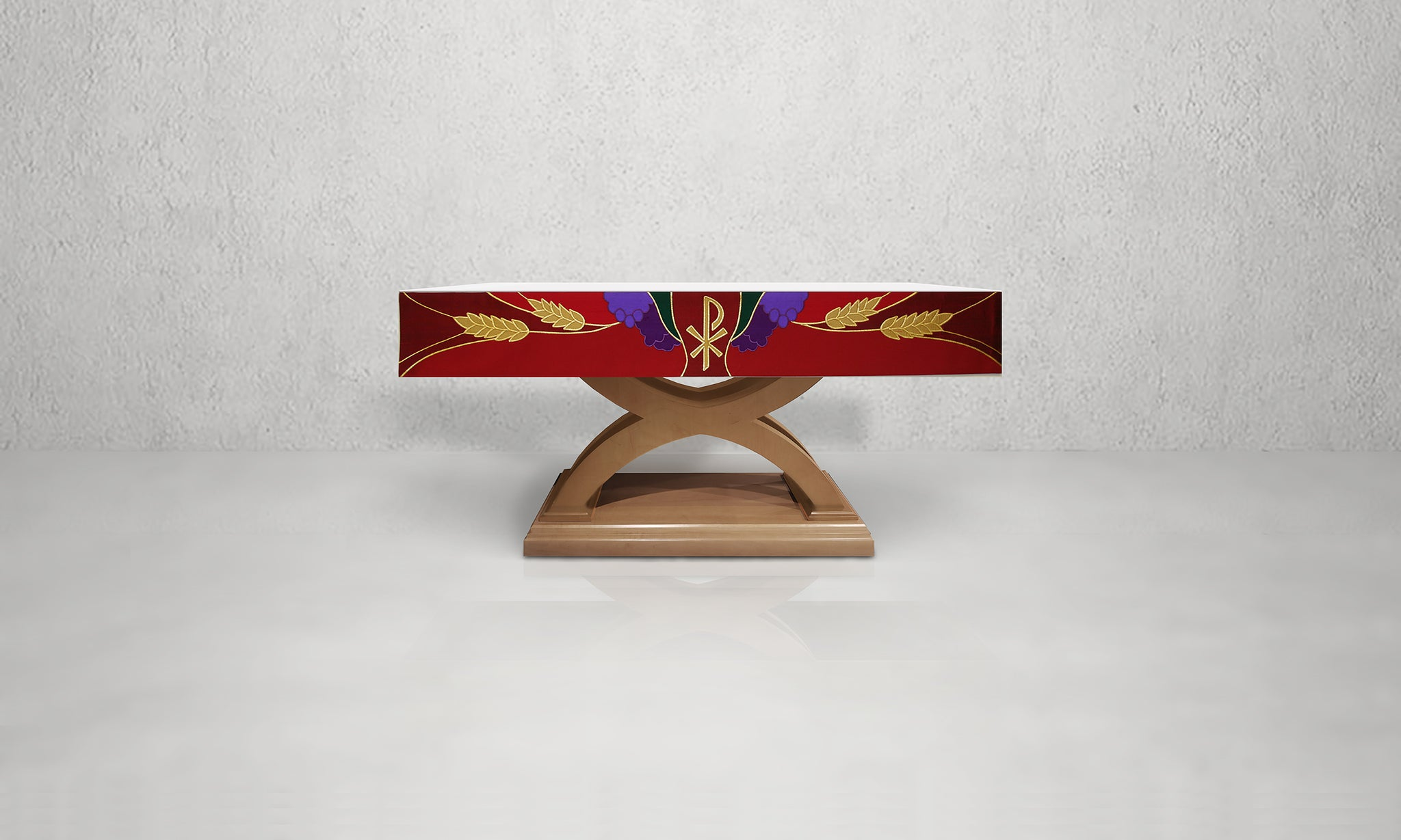 988 Altar Frontal <br> in Red