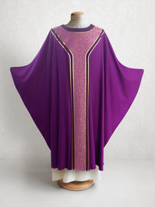 601 Classic Yoke Chasuble in Purple