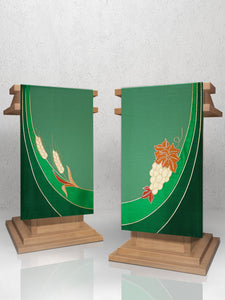 Eucharistic Lectern Hangings in Green