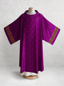 Classic Francis <br> Dalmatic <br> in Lucia Purple