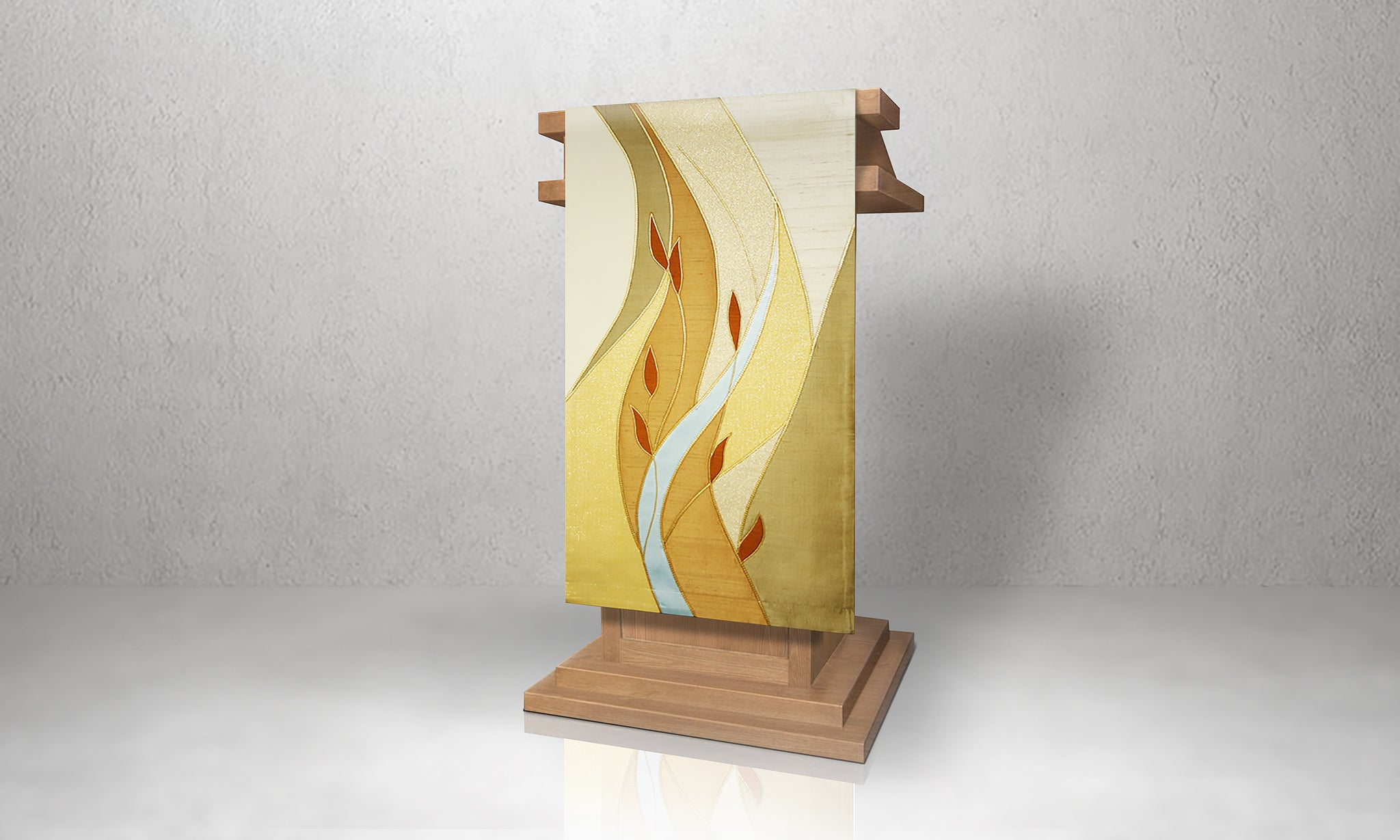 Foliage Lectern Hanging in Gold