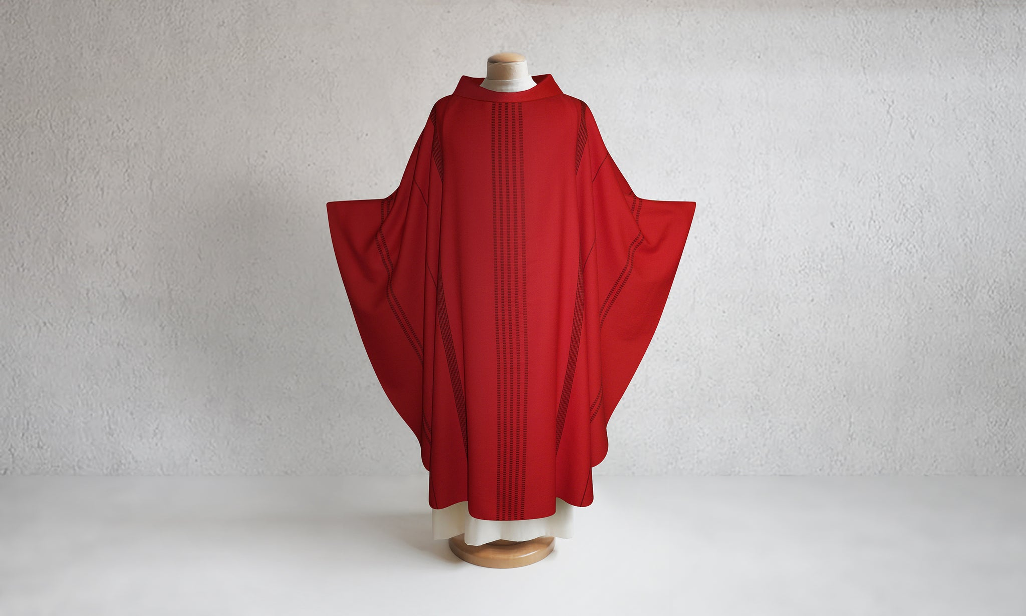 Traviata Woven Chasuble in Red