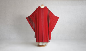 Beaulieux Woven Chasuble in Red