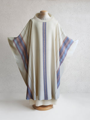 Beaulieux Woven Chasuble in White