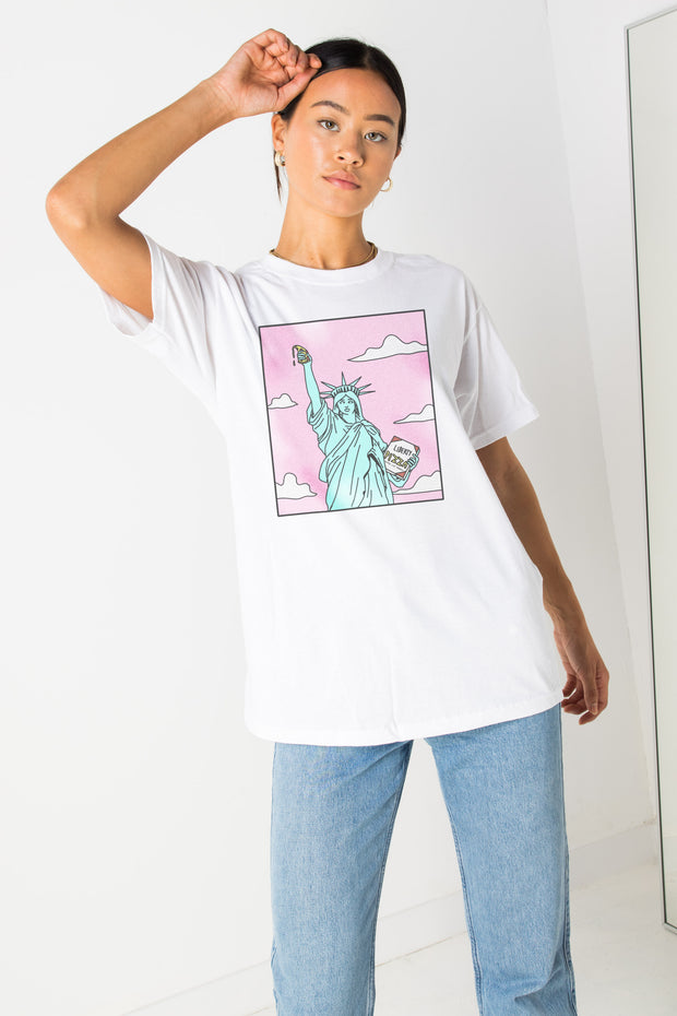 Daisy Street Relaxed T-Shirt with Pizza Statue Print