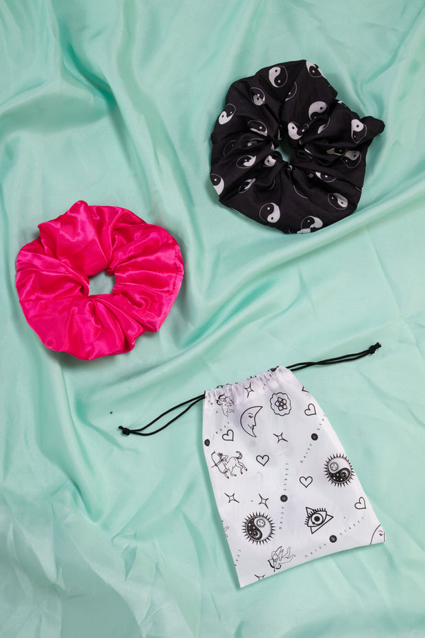 Daisy Street Oversized Scrunchies 2 Pack