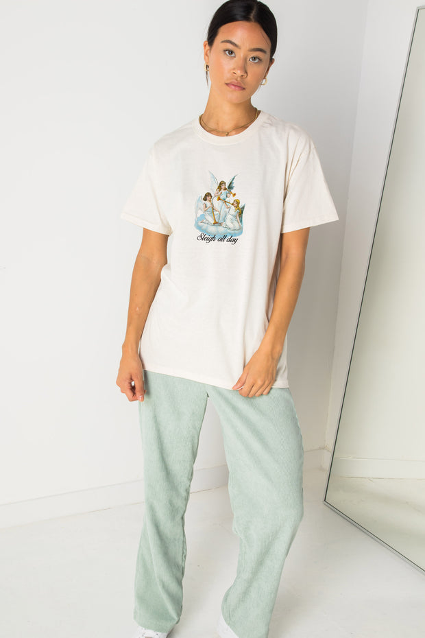 Daisy Street Relaxed T-Shirt with Sleigh All Day Print