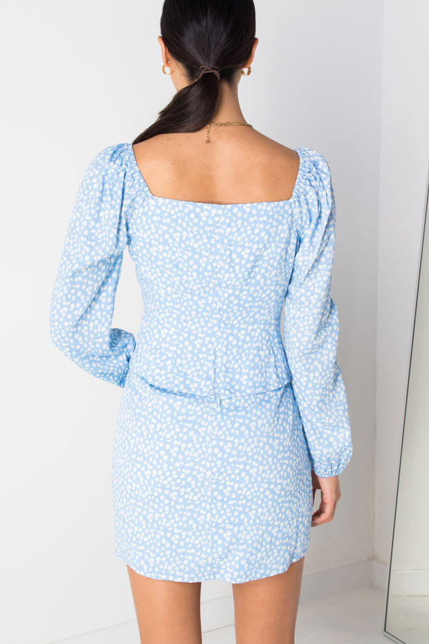 Daisy Street Floral Milkmaid Top in Blue