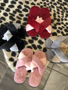 Adley • Slippers - Edge Boutique