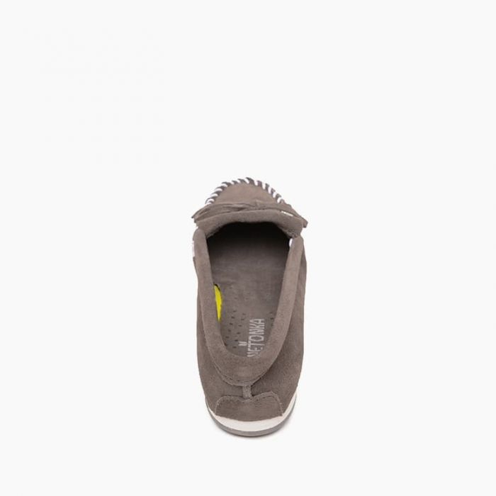 Minnetonka Women's Kilty Plus Grey