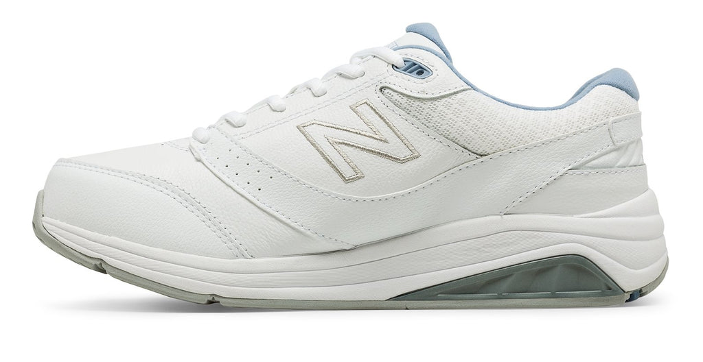 New Balance Women's 928v3 Lightweight Walking Shoe Leather White Wide