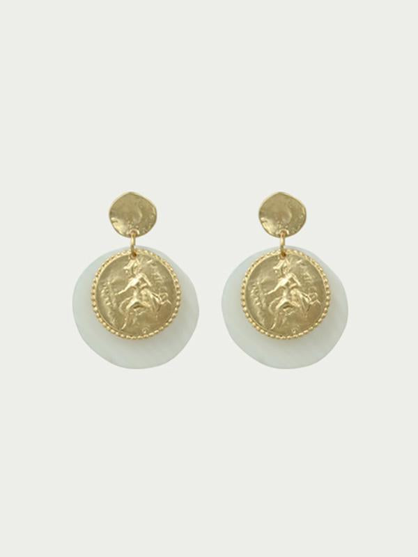 Natural shell round earring