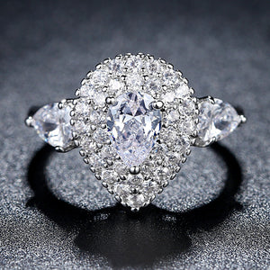 Luxury Cubic Zircon Ring Copper with White Gold Plated