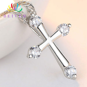Fashion Clear Zircon Cross Pendant Necklace for Women in Rhodium Plated Ladies Party Gifts LN0042