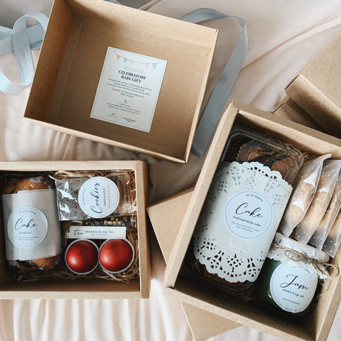 FULL MOON CELEBRATORY GIFT BOXES