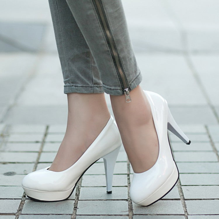 Classic Plus Size  Leather High Heel