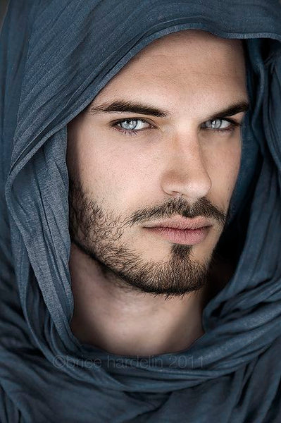 Photos The Most Beautiful Blue Eyed Men In The World