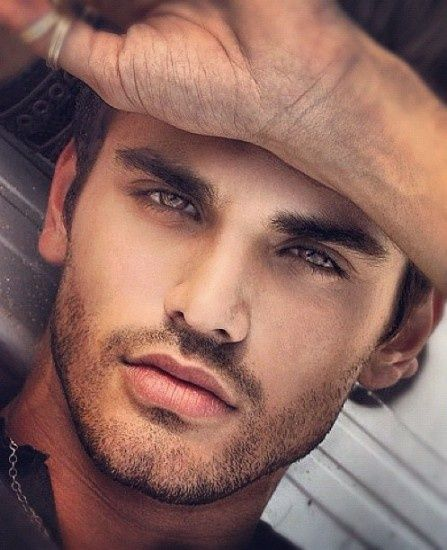 Photos These Sexy Men Prove That Brown Eyes Are Beautiful-4466