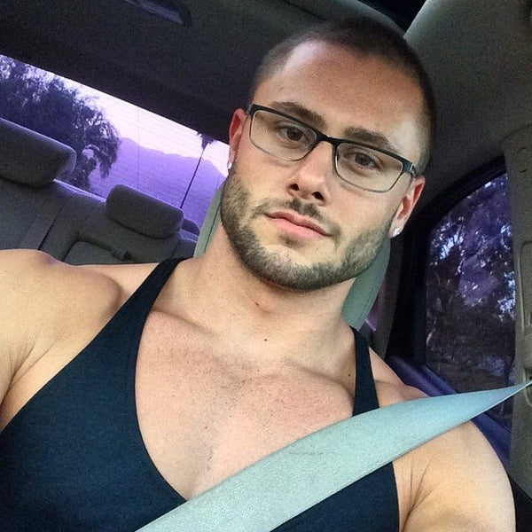 PHOTOS: These Sexy Men Prove that Brown Eyes are Beautiful!