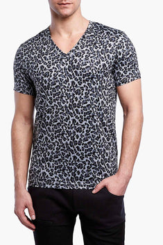2(X)IST Cloud-Grey Cheetah-Print Mesh Performance V-Neck Tee